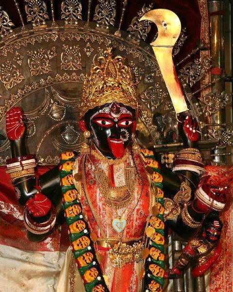 Dakshineswar Kali With Kharga